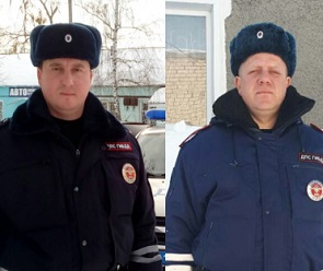 Сотрудники ДПС спасли 15 человек на страшном пожаре под Воронежем