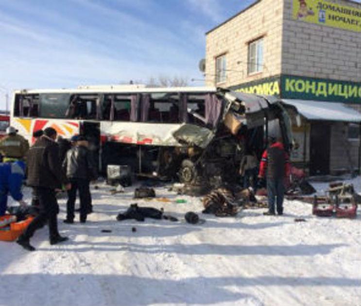 Врачи рассказали о состоянии пострадавших в страшном ДТП с автобусом в Павловске