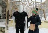 Воронежскую участницу федерального телешоу приковали наручниками к манекену