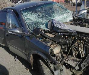 В ДТП под Воронежем погиб водитель, тяжело ранена пассажирка