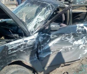 В столкновении «Ауди» и автобуса в Воронеже пострадала автомобилистка