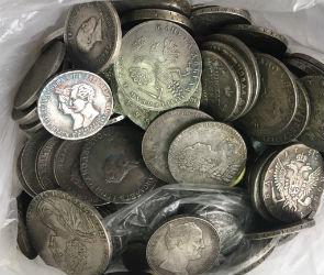 Воронежский пенсионер купил «старинный клад» за полмиллиона рублей