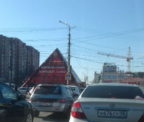 В Воронеже сломавшийся «умный» светофор облегчил жизнь автомобилистам