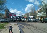 На улице 9 Января автовоз полностью перекрыл дорогу