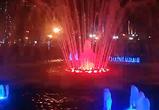 В Воронеже сезон фонтанов открыли красочным файер-шоу и танго-флешмобом (ВИДЕО)