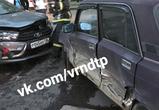 Опубликованы фото массовой аварии в Воронеже: ранены женщина и мальчик 4 лет