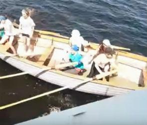 Стали известны подробности инцидента с лодкой с детьми и теплоходом в Воронеже
