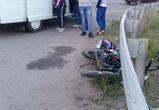 В Воронеже иномарка сбила двух школьников на мотоцикле