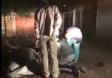Во дворе воронежского дома обнаружили труп мужчины
