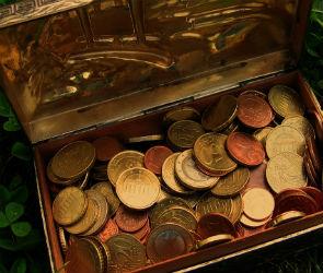 В Воронеже мошенник обманул пенсионера, убедив его, что нашел клад
