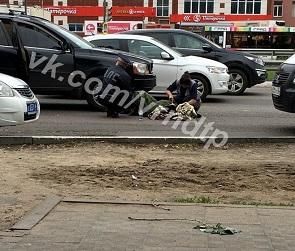 На Московском проспекте девушка попала под колеса иномарки