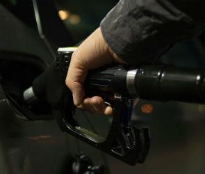 Маневр не удался: из-за чего в России подорожал бензин