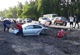 Пьяный водитель иномарки устроил массовое ДТП в Воронеже и получил в челюсть