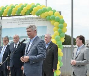 Александр Гусев и Алексей Гордеев посетили предприятия молочной отрасли