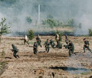«Вахта памяти-2018»: под Воронежем воссоздали бои на Дону жаркого лета 1942-го