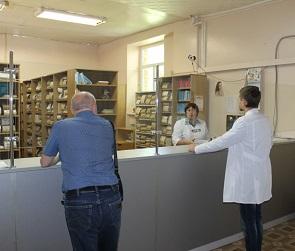 Воронежцы жалуются на нехватку врачей и бесплатных медикаментов в больницах