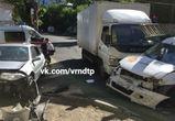 В массовой аварии на улице Коммунаров в Воронеже пострадали три человека