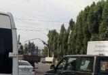 Столб, нависший над Ленинским проспектом, сняли на видео