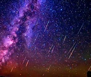 Ночью 13 августа воронежцев зовут любоваться красивым звездным дождем Персеид