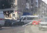 Три человека пострадали в массовом ДТП с маршруткой в Воронеже