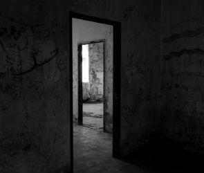 В общежитии на Матросова нашли тело мужчины
