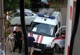 В Воронеже неадекватная женщина пять дней терроризирует чиновников и МЧС