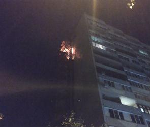 В Воронеже на видео сняли пожар в 16-этажном доме