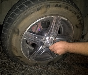 Воронежцы сообщили о падающих на машины кусках моста
