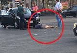 В центре Воронежа женщина-нарушитель попала под колеса иномарки – фото