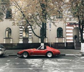В Воронеже сфотографировали гармонично вписавшийся Chevrolet Corvette
