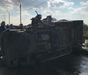 Появились фото с места ДТП с двумя автобусами в Лискинском районе