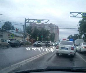 Три человека, включая ребенка, пострадали в ДТП с внедорожником в Воронеже