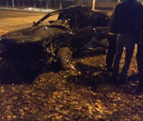 Два человека пострадали в страшной аварии на левом берегу Воронежа