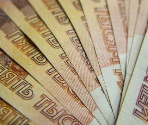 В Воронеже таксист обманул женщину на 200 000 рублей, из-за поломки своей машины