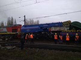 Под Воронежем товарный поезд сошел с рельсов
