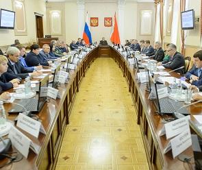 В 2019 году отремонтируют 350 км региональных автодорог и 22 км улиц Воронежа