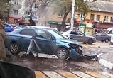 В Воронеже на Ленинском проспекте Шкода врезалась в Пежо, ранен водитель (фото)