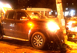В Воронеже иномарка протаранила столб, устроив массовую аварию (фото)