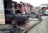 В Воронеже ночью загорелся гаражный кооператив