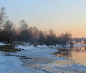 Спасатели предупреждают воронежцев о смертельной опасности тонкого льда