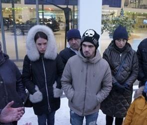 «Фольксваген Центр Гаус» оставил десятки воронежцев без машин и денег