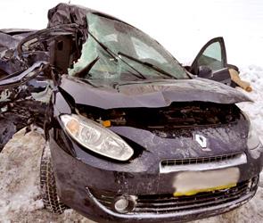 Появились фото страшного ДТП под Воронежем: трое погибли в столкновении иномарок
