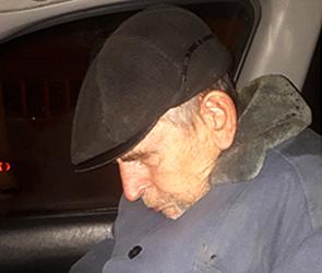 В Воронеже ищут дедушку с провалами памяти, вышедшего из автобуса и пропавшего
