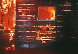 В Воронеже трое мужчин вытащили из горящей квартиры женщину с двумя детьми