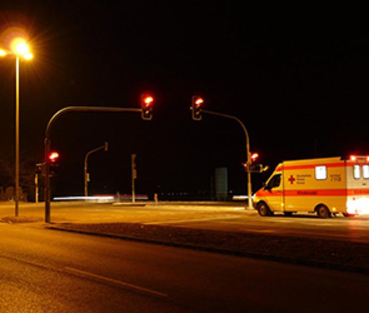 В Воронеже иномарка сбила девушку на пешеходном переходе