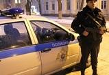 В Воронеже пьяные парни разбили топором 19 машин