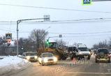 В Воронеже ДТП с трактором-снегоуборщиком и ГАЗелью спровоцировало пробку