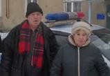 Пожилым супругам, попавшим в ДТП на скользкой дороге, помогли полицейские