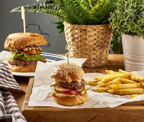 НОВОЕ #7: «Бургер&Фрайс», «Ветерок», УГЛИ, «Кабачок»