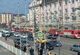В сети появилось видео пожара с пострадавшим на фабрике в Воронеже